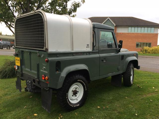 land rover defender 90 2 2tdci county truck cab